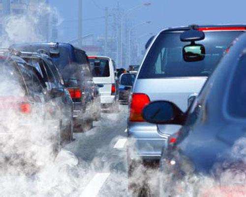 辨识三种颜色汽车烟雾 排黑烟最常见