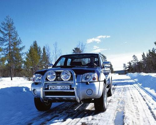 冬季雪后路滑 支招