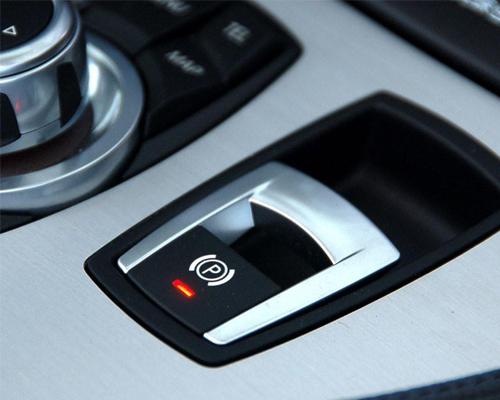 手刹日常使用频率强度高 定期检查效能