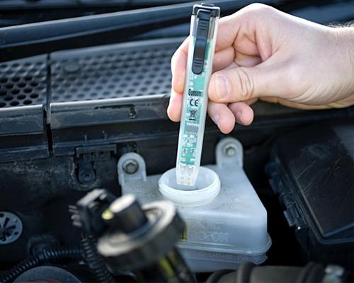 如何判断刹车油质量