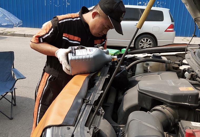 用车小贴士:不同牌子的刹车油不能混用