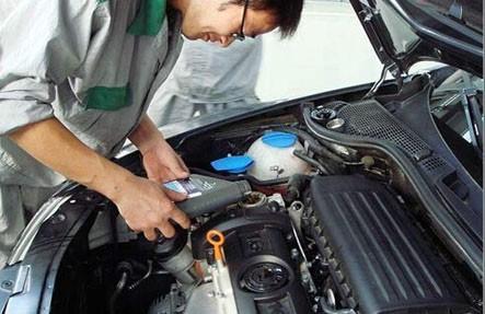 夏季如何保养汽车发动机