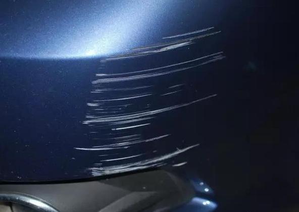 汽车的面子保养 修复车身划痕三大方法