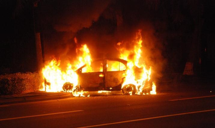车内汽油味重会导致汽车自燃?