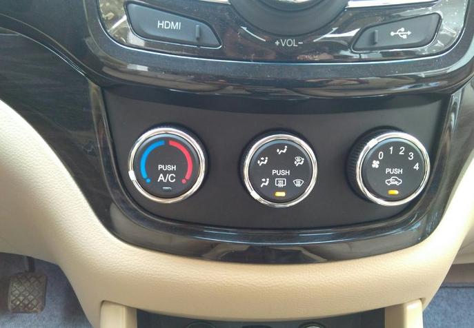 老司机都知道! 冬季暖风这样开毁发动机还可能危及生命!